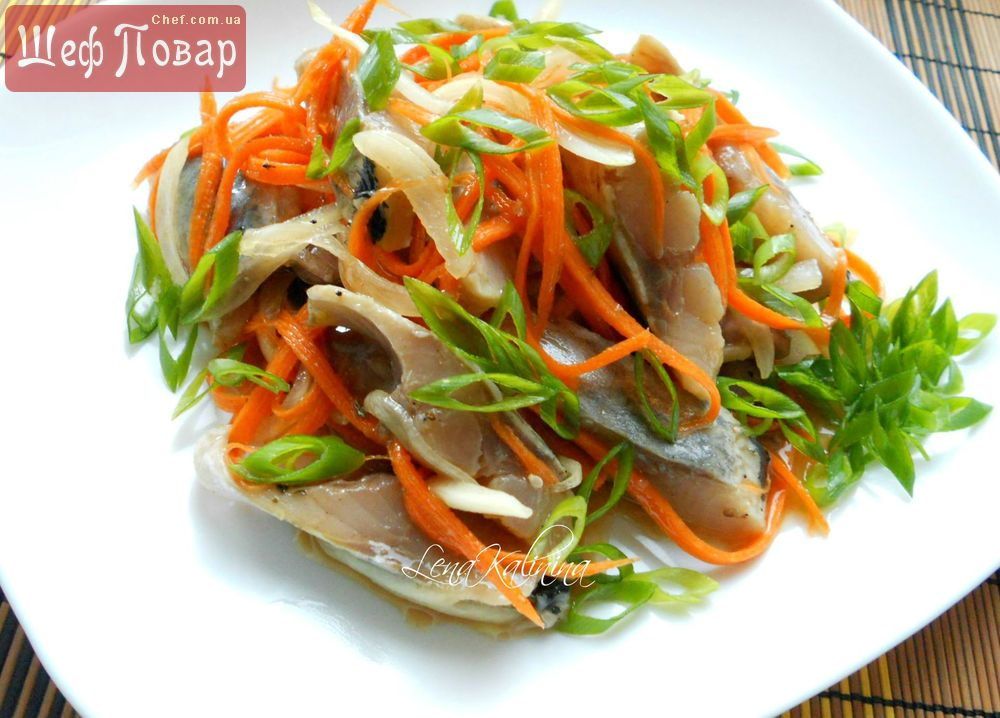 Корейский салат из моркови и сельди