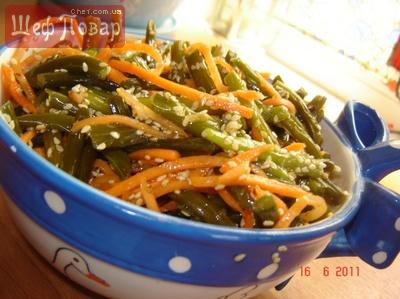 Салат из чесночных стрелок на корейский мотив