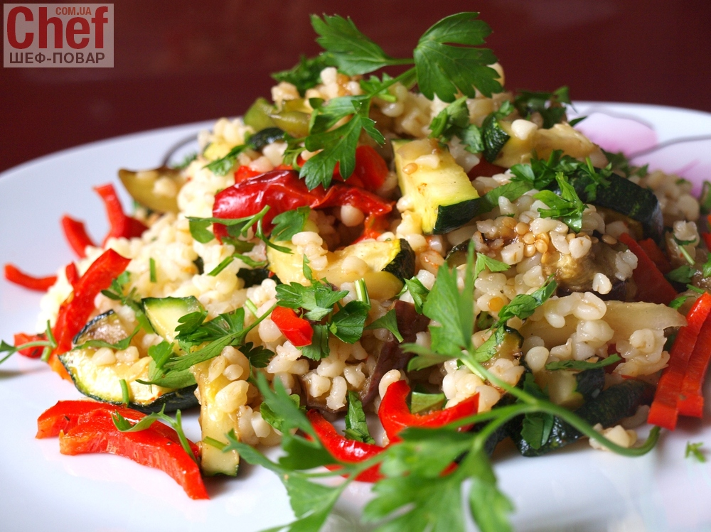 Овощной салат с булгуром фото