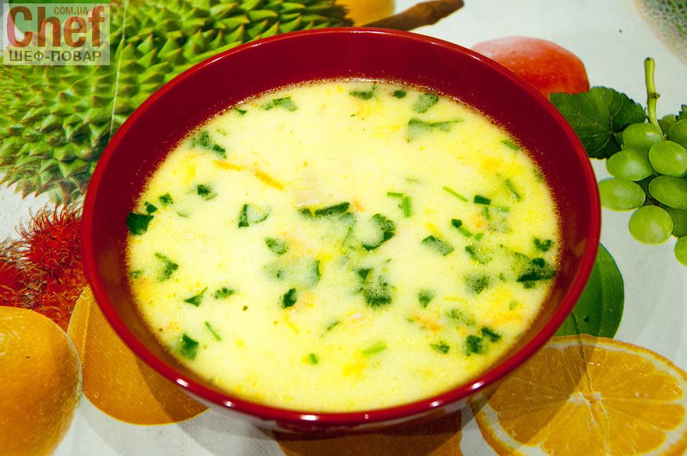 Суп куриный с сыром плавленным и лапшой
